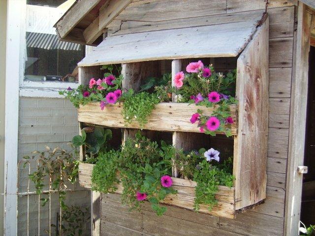 Как украсить дачный дом своими руками из подручных материалов фото